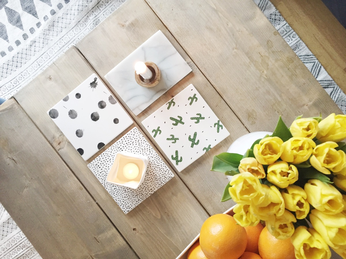 Fliser på bordet